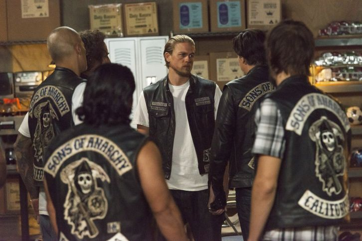 Sons of Anarchy - Episode 7.11 - Suits of Woe - Promotional Photos
