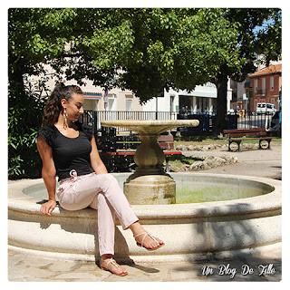 http://unblogdefille.blogspot.fr/2016/08/look-soiree-dete-en-pantalon-rose-poudre.html
