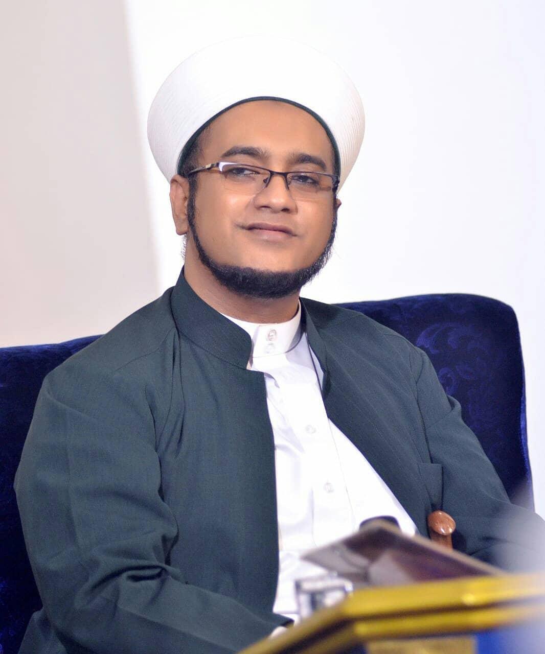Download Wallpaper Habib Hasan 2702213