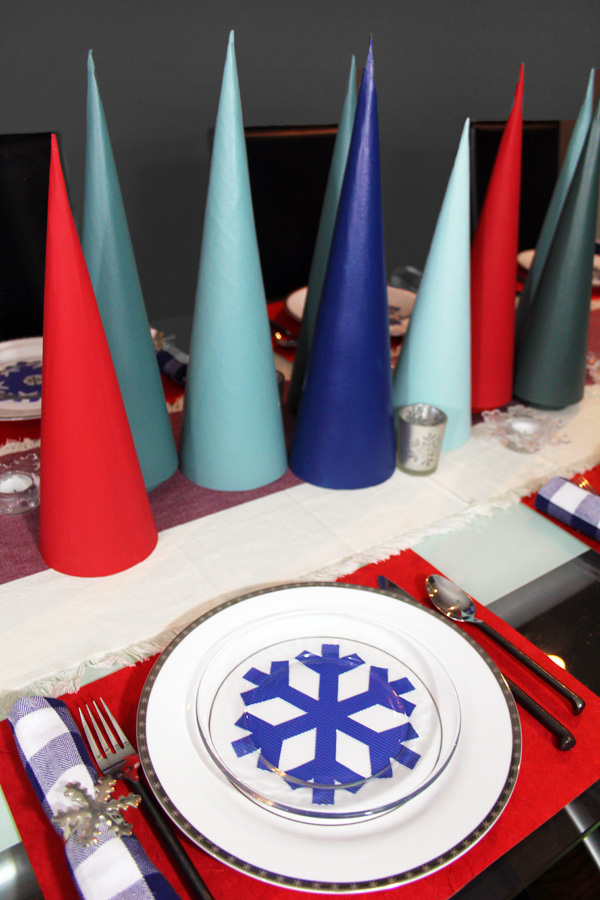 Cricut Snowflake Christmas Table Decor