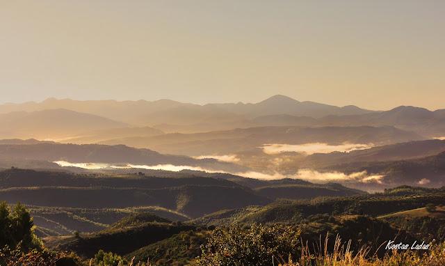 πεζοπορία,ορειβασία,ομίχλη,φωτογραφία Κώστας Λαδάς