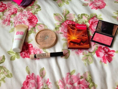 Natural summer look products