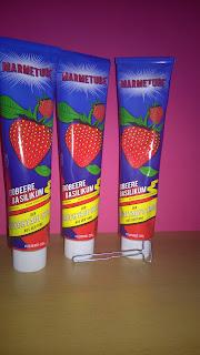 3 Tuben mit Erdbeer-Basilikum Fruchtaufstrich von Marmetube.