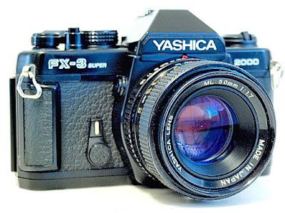 Yashica FX-3 Super 2000, Left front