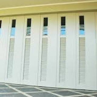 10 Desain Pintu Lipat Minimalis Terbaru Rumah Masa Kini gambar 4
