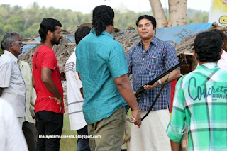On the sets of Kadal Kadannu Oru Maathukutty
