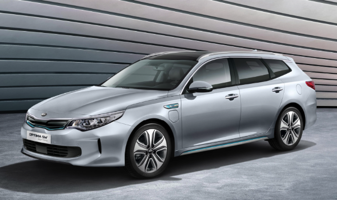 2019 kia optima plug in hybrid review car and driver review. Black Bedroom Furniture Sets. Home Design Ideas