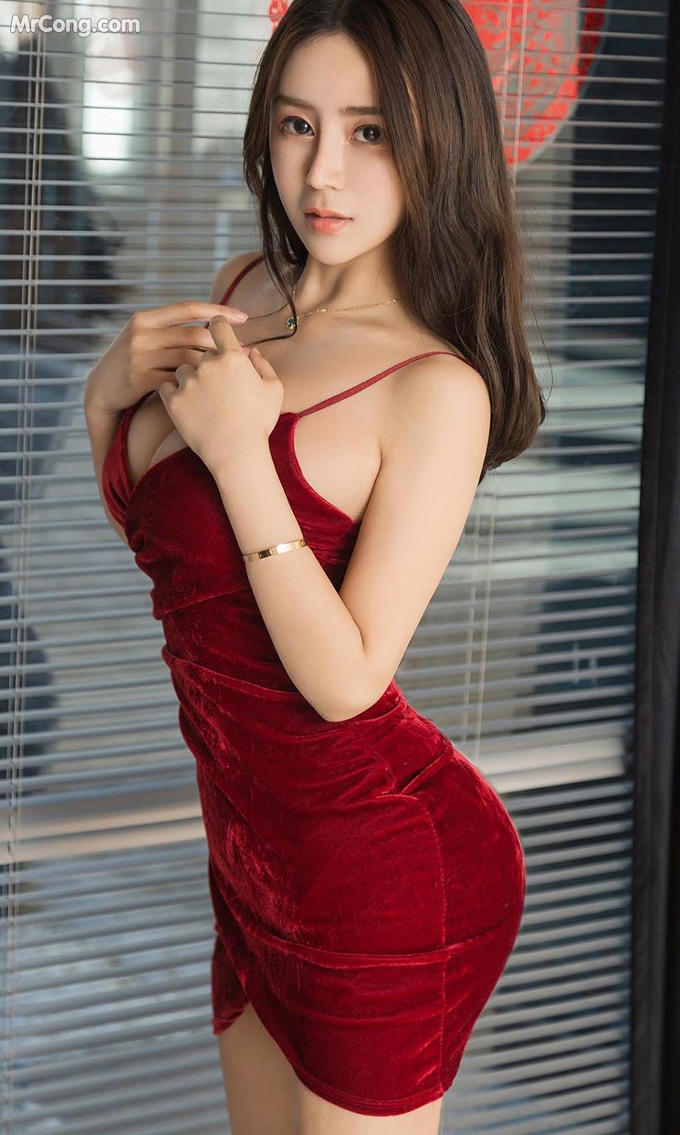 Image UGIRLS-Ai-You-Wu-App-No.1424-Gu-Shen-Shen-MrCong.com-005 in post UGIRLS – Ai You Wu App No.1424: Gu Shen Shen (顾深深) (35 ảnh)