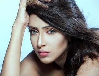 Bidya Sinha Saha Mim Hot