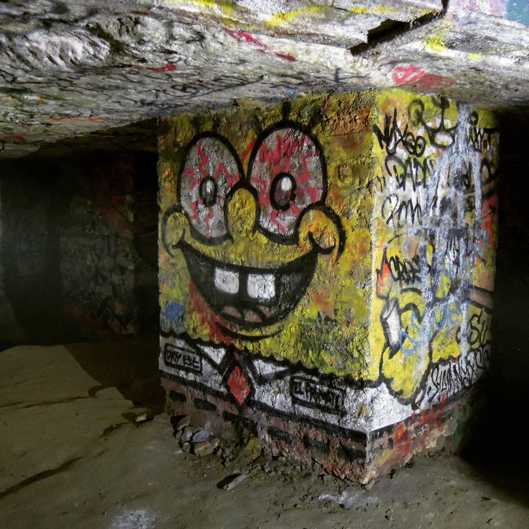graffiti bob l'éponge dans les catas