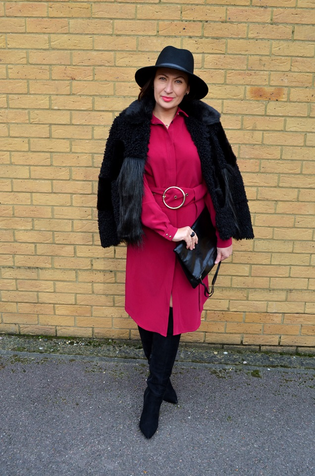Adriana Style Blog, TOPSHOP Fur, Tova Dress, Fuksja, Fuchsia, Colour in oufit, kolor w stylizacji, sukienka Tova, Futro, Kapelusz, Hat, Outfit, Fashion, Moda, My personal style