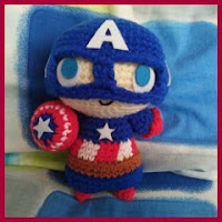Mini capitán américa amigurumi