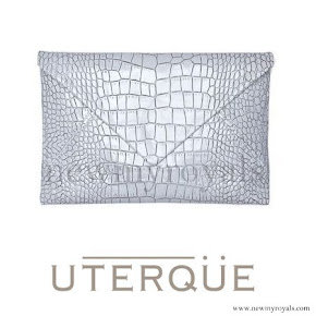 Queen Letizia style Uterque snakeskin clutch (Summer 2013 collection)