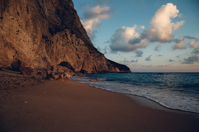 Image of beach and cliffs