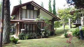villa keluarga murah di lembang bandung