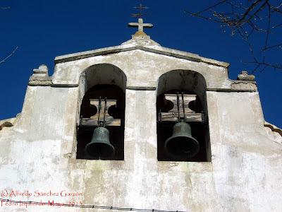 pedro-izquierdo-moya-espadaña-iglesia