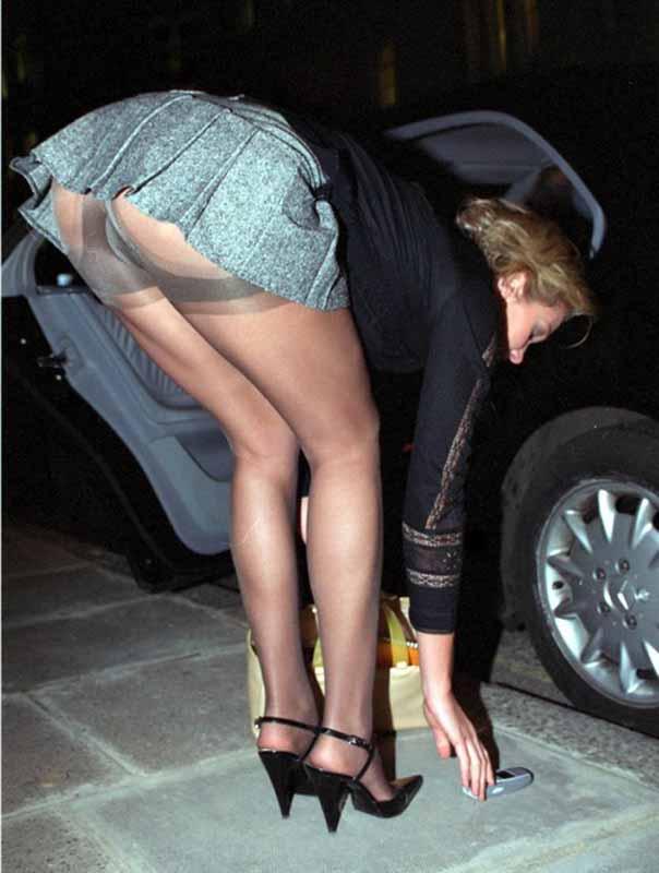 bar a salope filles sexy en mini jupe