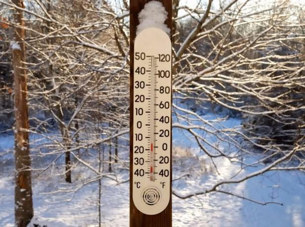 Στην «κατάψυξη» η χώρα - Νέα επιδείνωση από το απόγευμα με χιόνια και βροχές