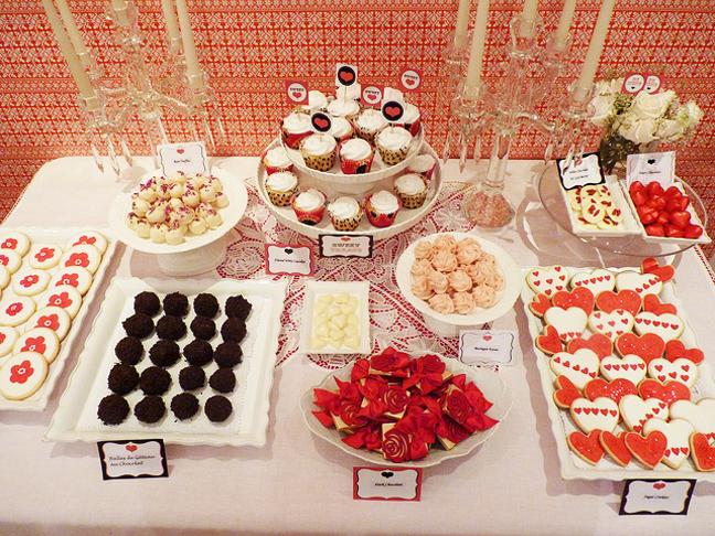 Martha moments rowaida 39 s valentine 39 s day dessert table for Valentine s day desserts for a crowd