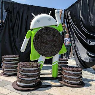 Android Oreo: Statue bei der Enthüllung auf dem Googleplex