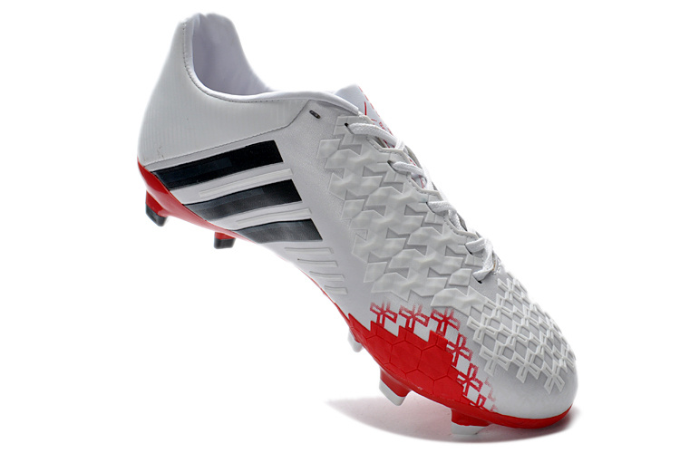 free shipping 3c5ac 19359 Being delivered with light sockliner the Predator LZ II Adidas Predator LZ  II(2) TRX FG White Red Superlight Boot weighs just 199 gramms and will be  ...