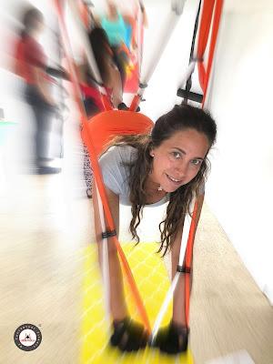 aero yoga acro acrobatico