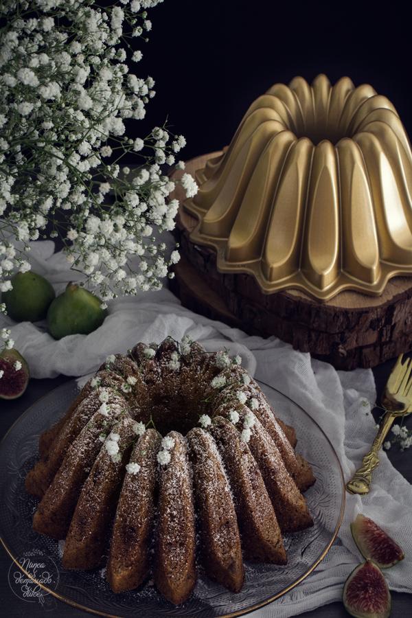 bundt-cake-higos-nueces-caramelizadas