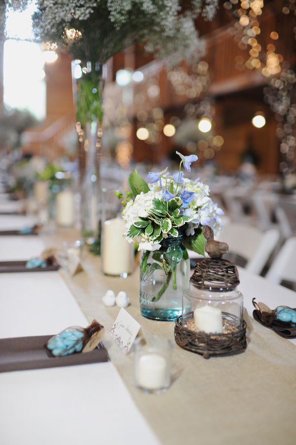 barn+wedding+rustic+horse+cowboy+cowgirl+babys+breath+centerpieces+bouquets+floral+arrangement+blue+baby+powder+burlap+woodland+organic+brown+barnhouse+groom+bridal+lace+bride+something+blue+Melissa+McCrotty+Photography+3 - Baby's Breath in the Barn