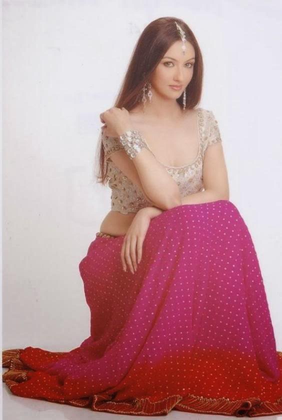 All new wallpaper : Saumya Tandon HD Wallpapers Free Download
