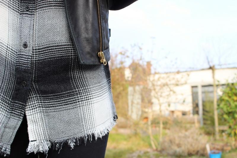 tenue-chemise-carreaux