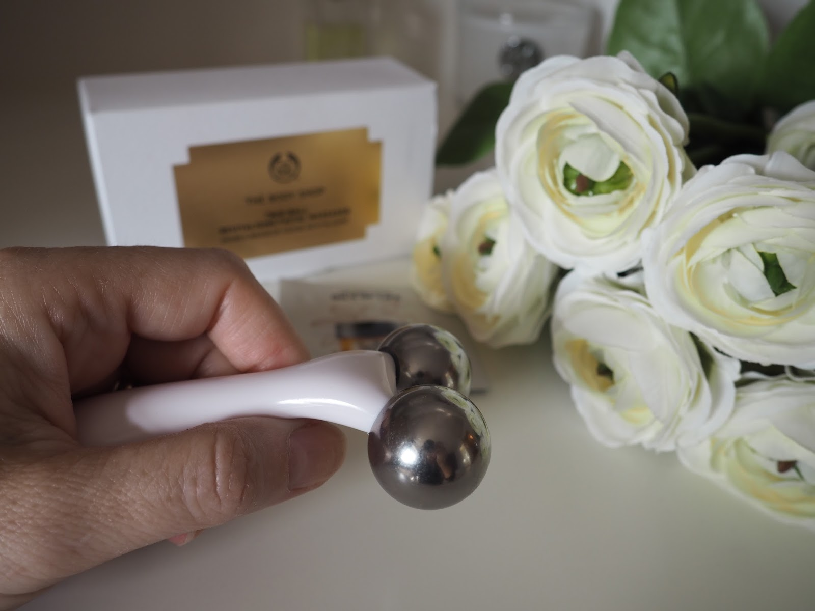 The Body Shop twin ball facial massager Oils of Life review