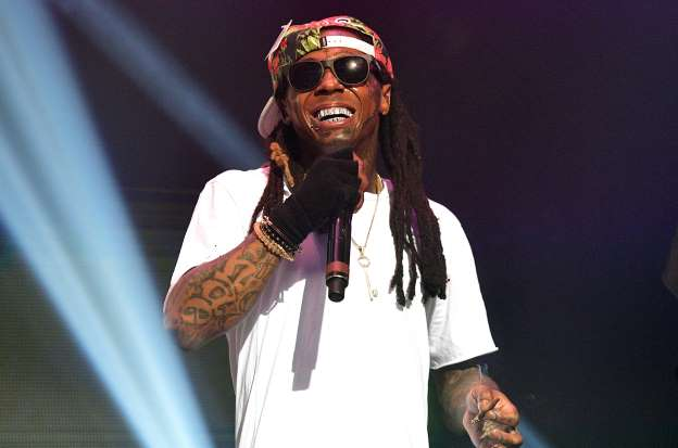 Lil Wayne Accused of Fathering 15-Year-Old Son