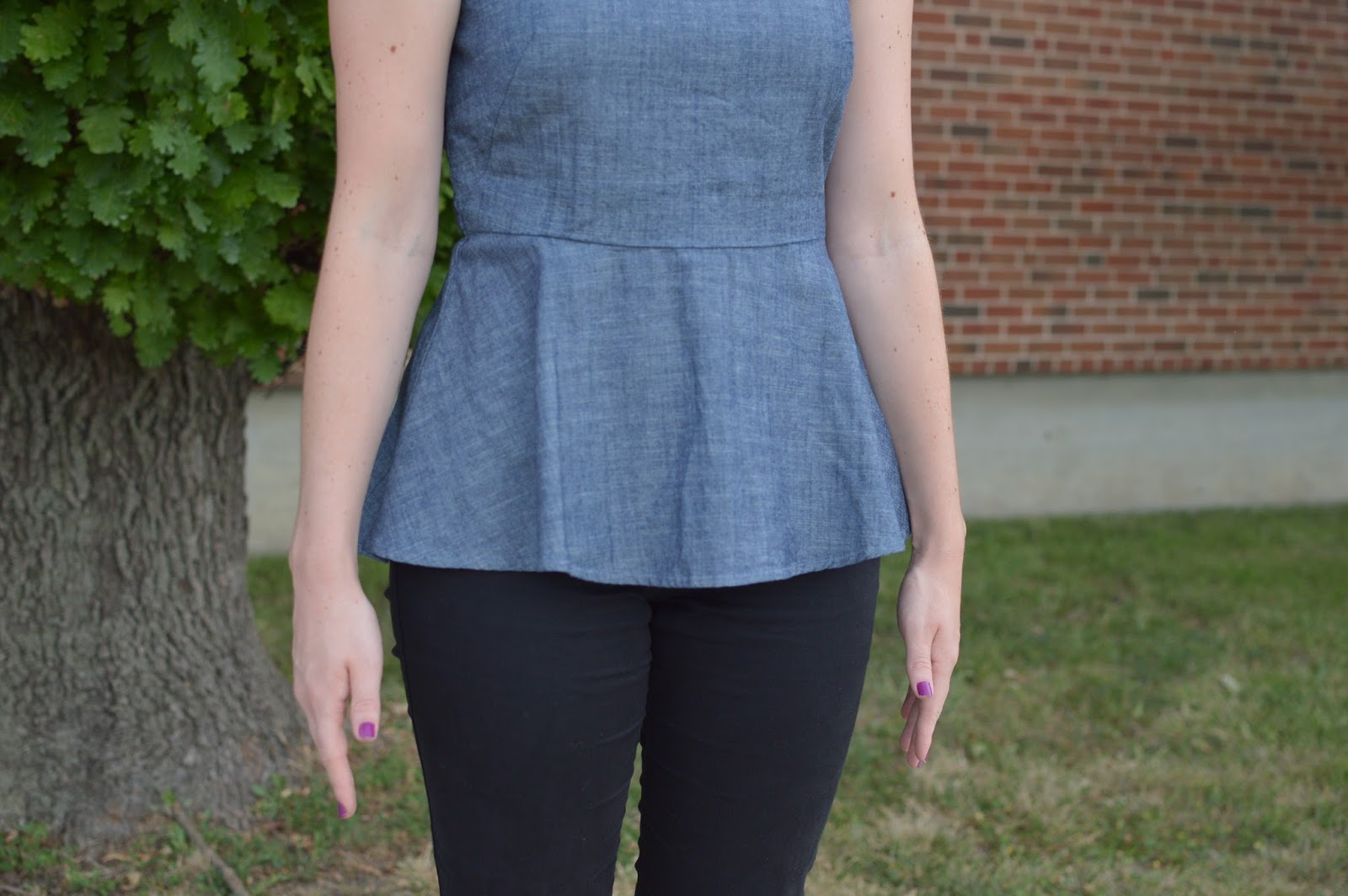 chambray peplum top | chambray with black denim | fall outfit ideas