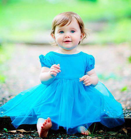 Babies Pictures: Baby Girls in Frocks Babies Pictures of ...