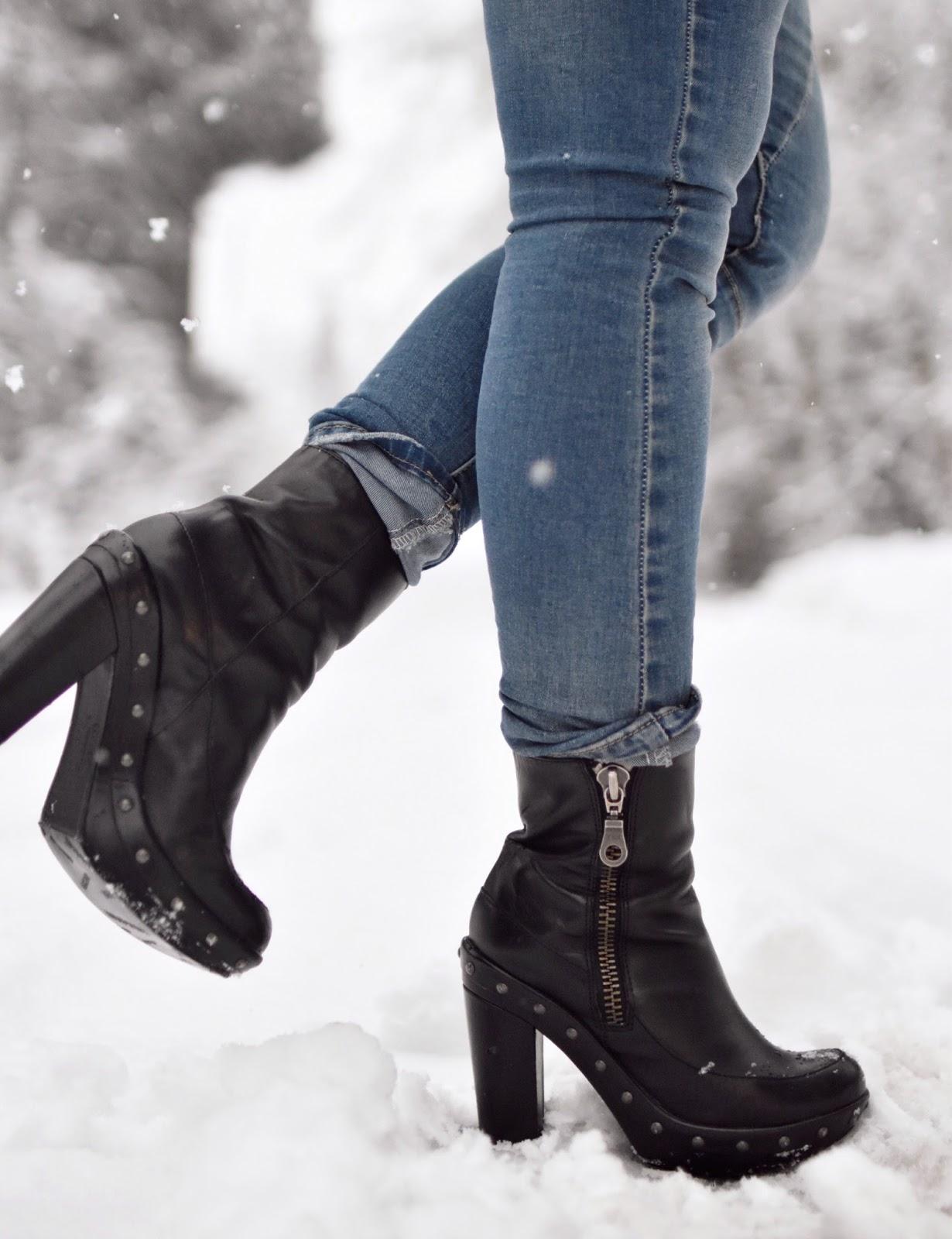 Monika Faulkner outfit inspiration - skinny jeans, Kork-Ease platform booties