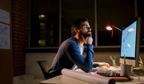 Tips untuk Tetap Sehat Ketika Bekerja Shift Malam