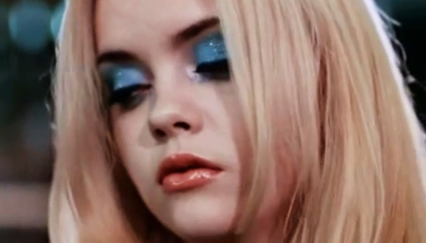 Christina Ricci, Buffalo 66 | Blue/Green | Pinterest