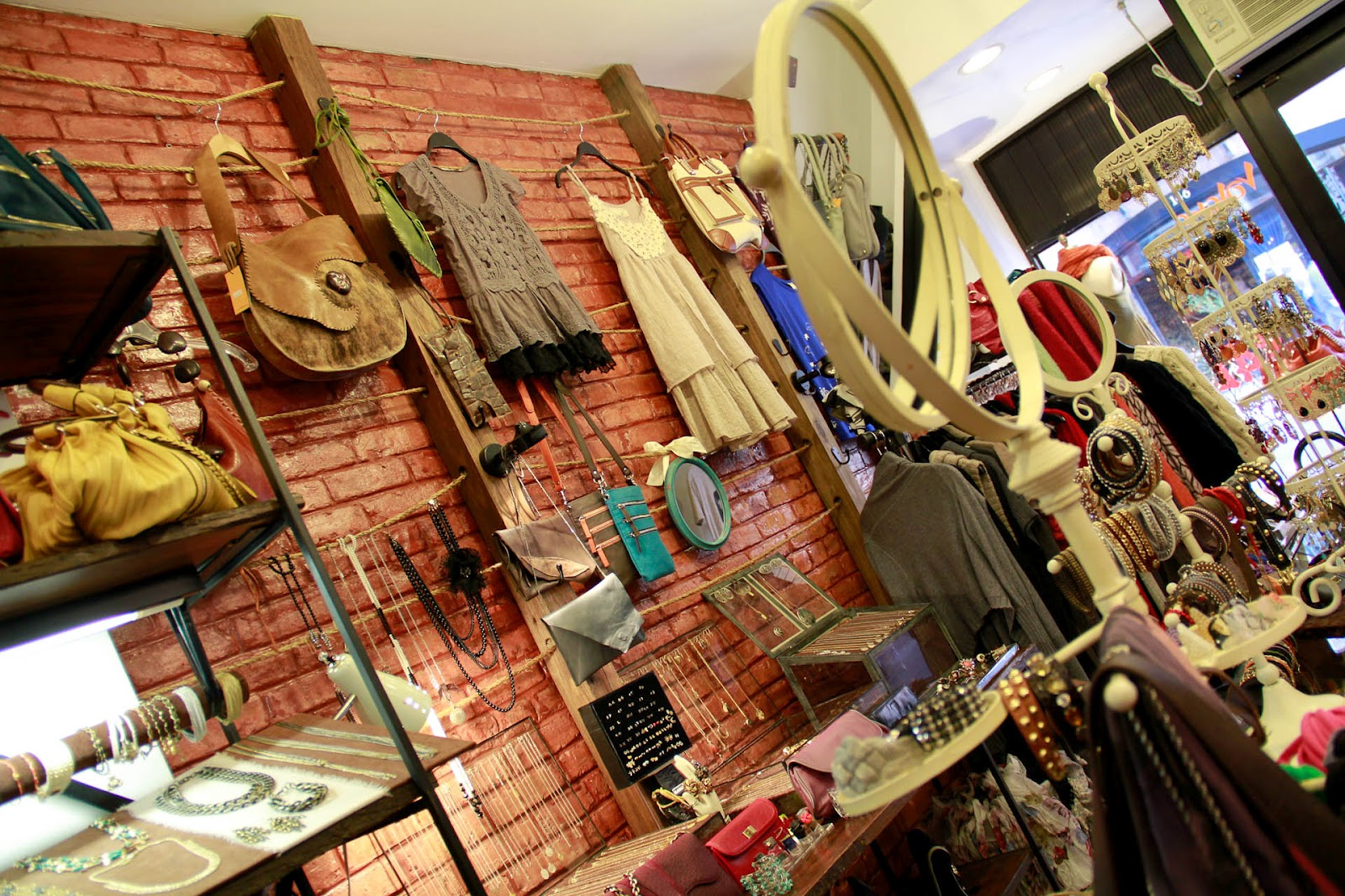 Alternative clothing stores
