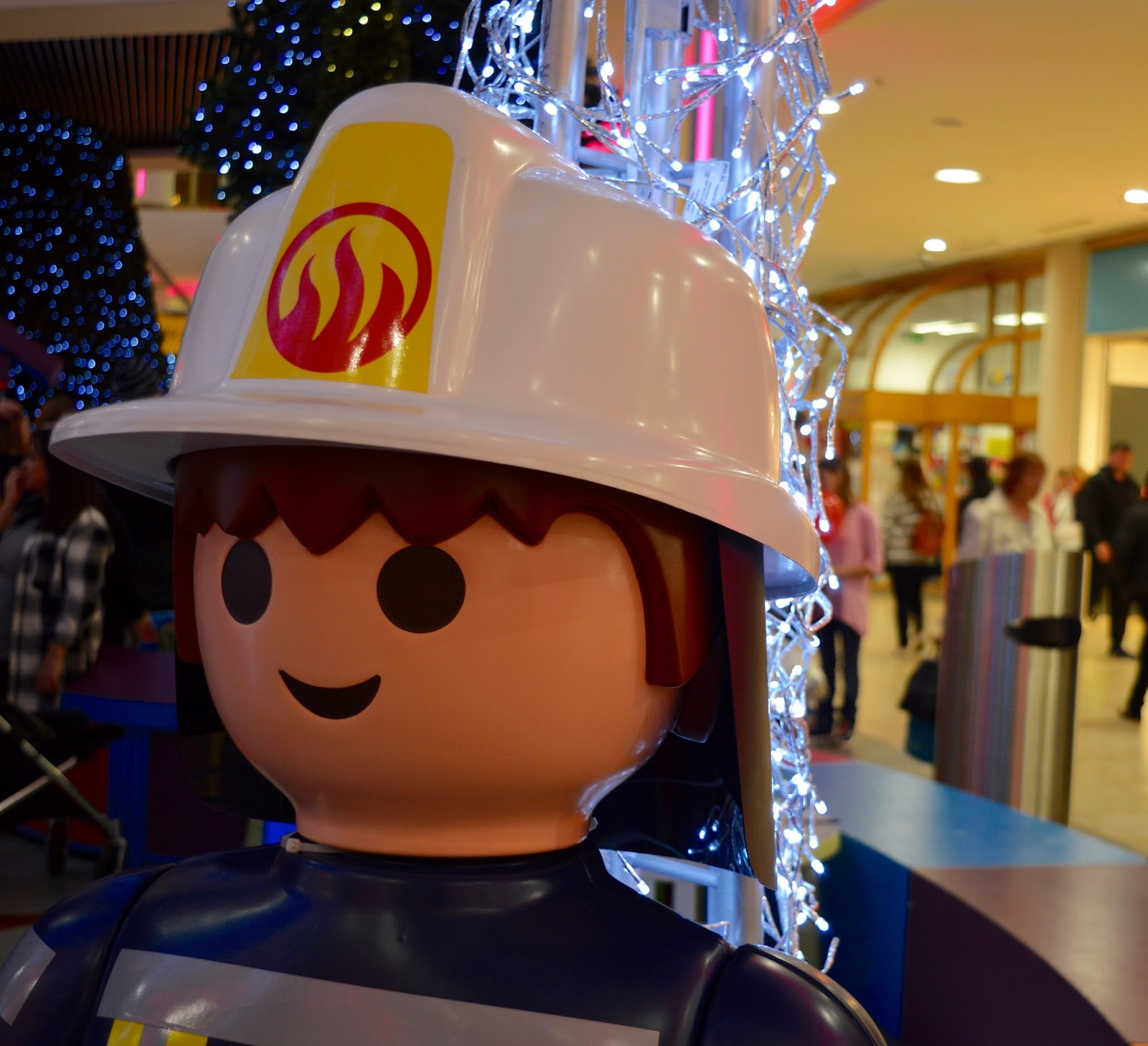 Visiting the FREE Santa's Grotto at intu Metrocentre | All You Need to Know including queue times, when's best to visit, your Playmobil Gift and photographs of Santa Claus - grotto entrance