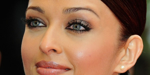 Aishwarya rai eyes in hd photo