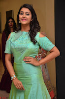 Pooja Jhaveri in Beautiful Green Dress at Kalamandir Foundation 7th anniversary Celebrations ~  Actress Galleries 078.JPG