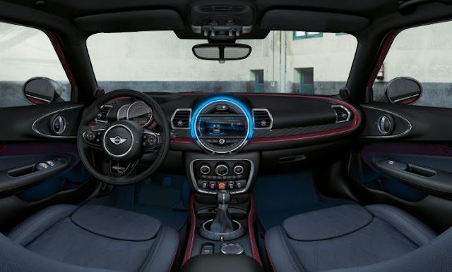 2017 Mini Cooper S Clubman ALL4 Manual Interior