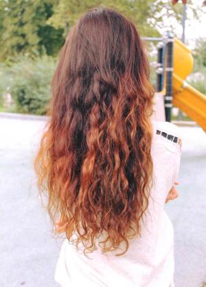 Tagliare capelli luna crescente vergine