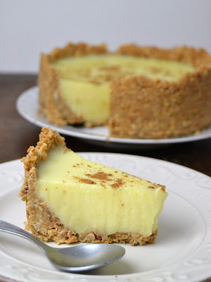 Tarta de natillas con galleta
