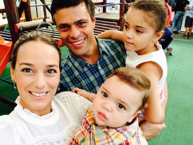 Leopoldo López y familia se trasladaron a embajada de España