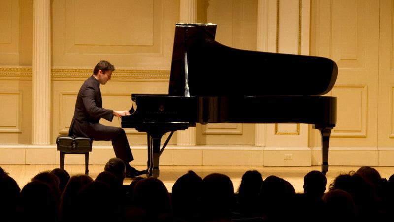 Ρεσιτάλ πιάνου του διεθνούς φήμης σολίστ Απόστολου Παληού στην Αλεξανδρούπολη