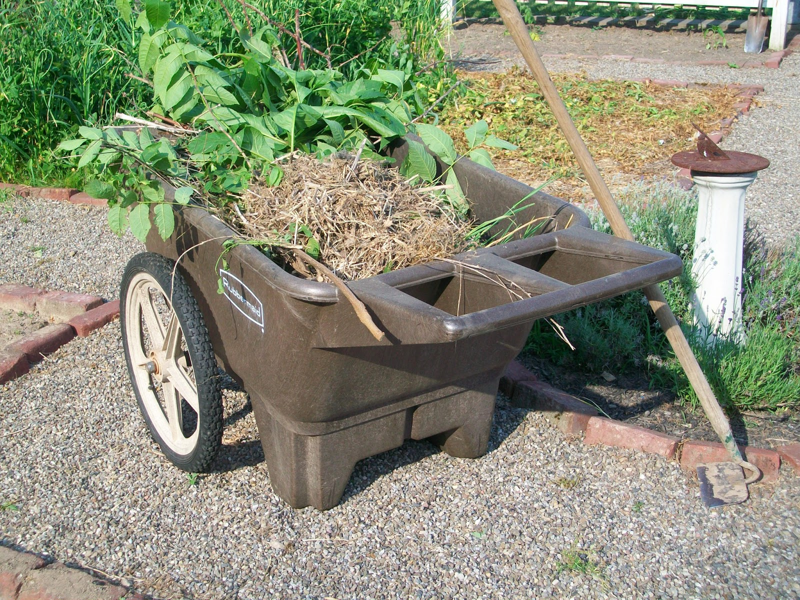 How To Replace Wheels On Rubbermaid Cart