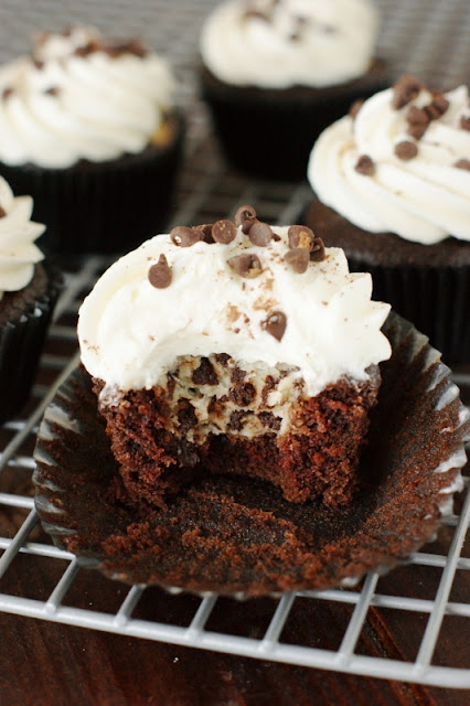 Chocolate & Cheesecake Cupcakes with Cream Cheese Frosting ~ because everyone deserves a little chocolate decadence! ... Made even better with cheesecake & frosting.   www.thekitchenismyplayground.com