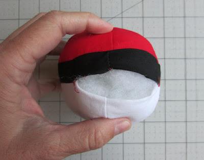how to create a pokeball