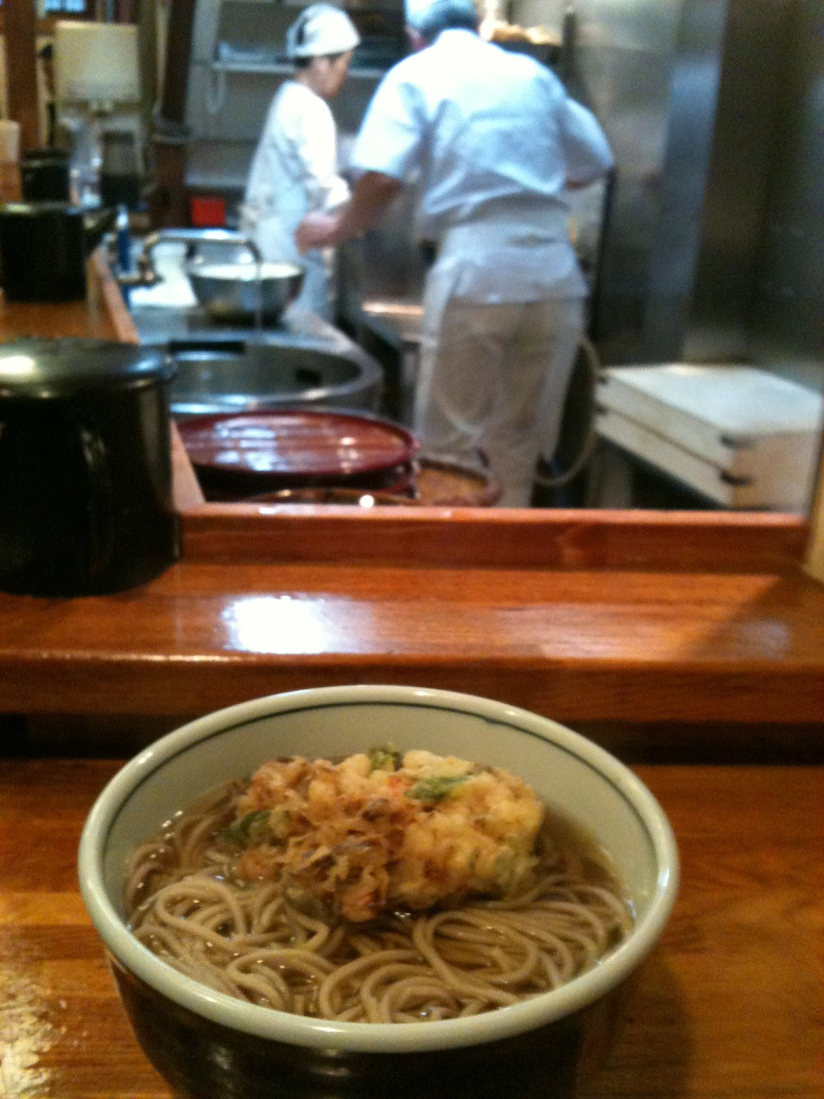 Tokyo - Hot soba for lunch